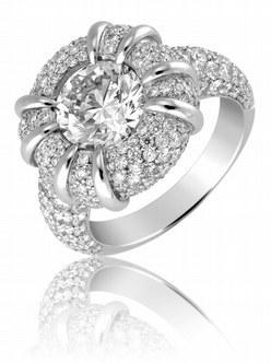 Adamence, sortija 'Songe de Diamant' con un total de 5,24 kilates en diamantes