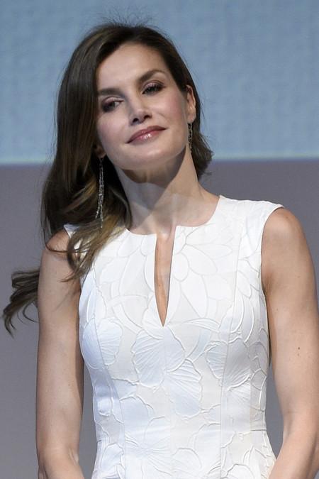 El look de Doña Letizia en los Premios Nacionales de la Moda (y no es de una firma española)
