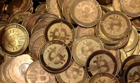 Qué cree la gente que sigue creyendo en Bitcoin
