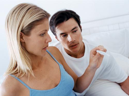 causas de retraso menstrual de 3 dias