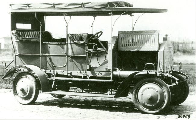 Dernburg-Wagen motor