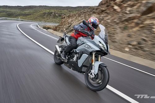Probamos la BMW S 1000 XR: los mismos 165 CV para una moto trail más completa en todo