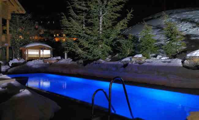 Hotel El Lodge en Sierra Nevada Pisina Exterior Climatizada