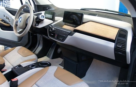 BMW i3 Madrid interior 23
