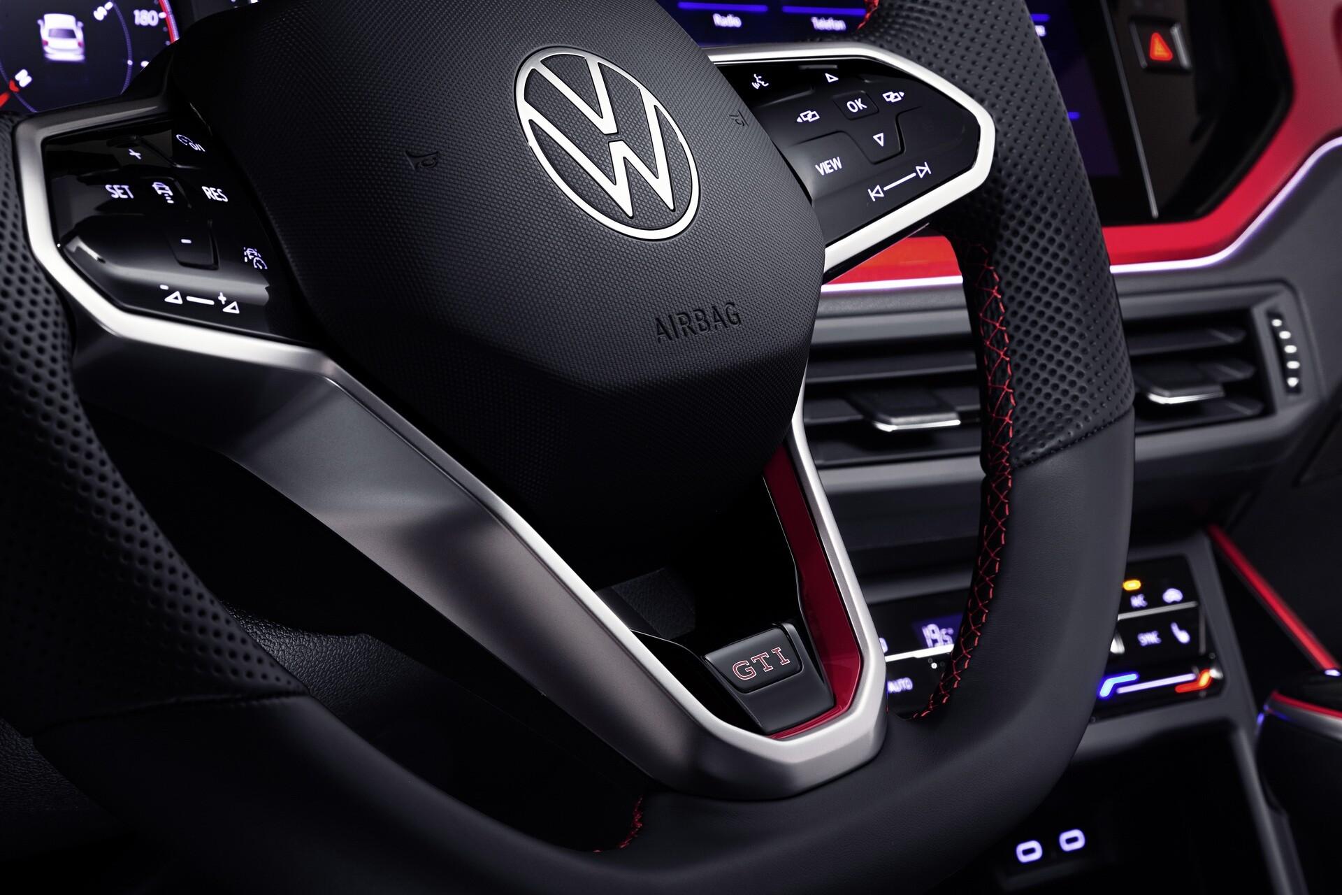 Foto de Volkswagen Polo GTI 2022 (15/17)