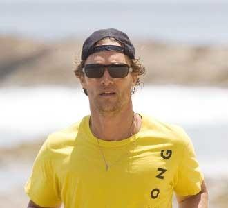 "Los famosos se apuntan a las camisetas ""LiveStrong"" de Armstrong"
