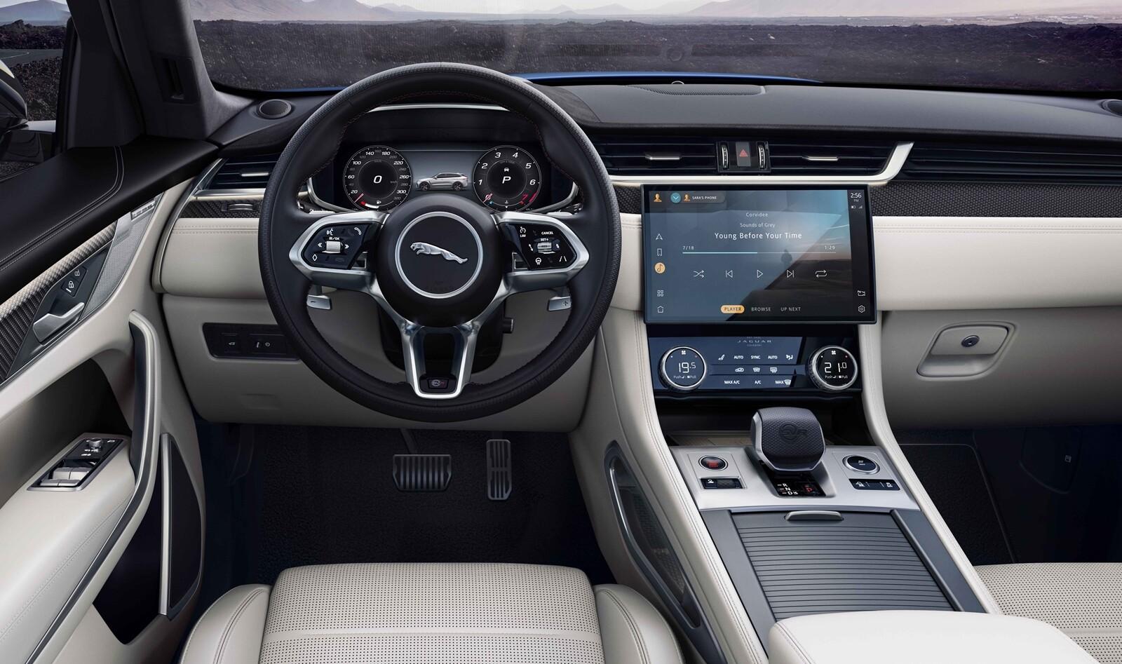 Foto de Jaguar F-Pace SVR 2021 (30/32)