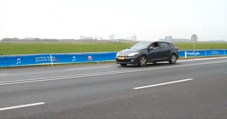 """""""La carretera que canta"""" está volviendo locos a los holandeses"""
