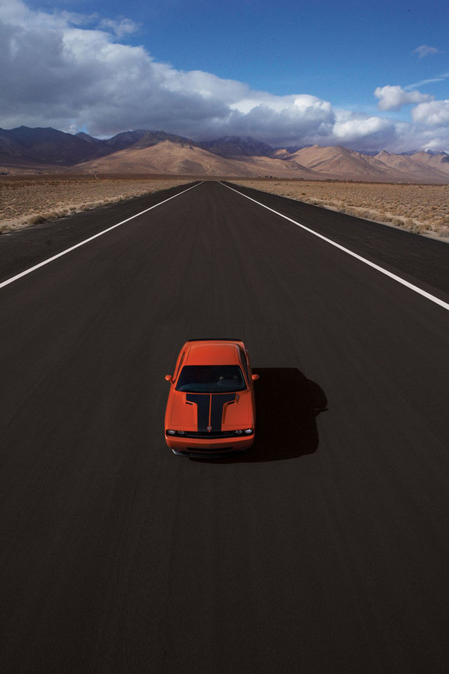 Foto de Dodge Challenger SRT8 (52/103)