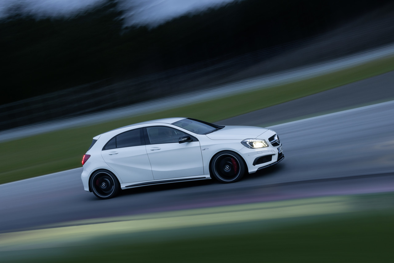 Foto de Mercedes-Benz A 45 AMG (15/24)