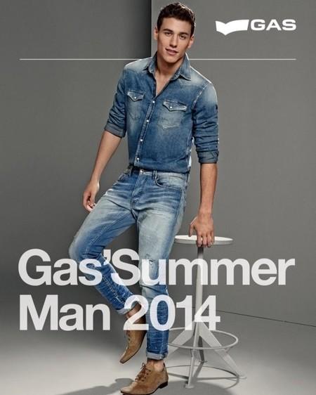 Esto sí que es una buena campaña: Gas Jeans Primavera-verano 2014, cargada de ideas para combinar el denim