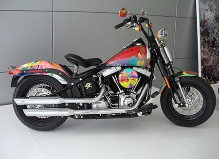 Damien Hirst diseña una Harley Davidson