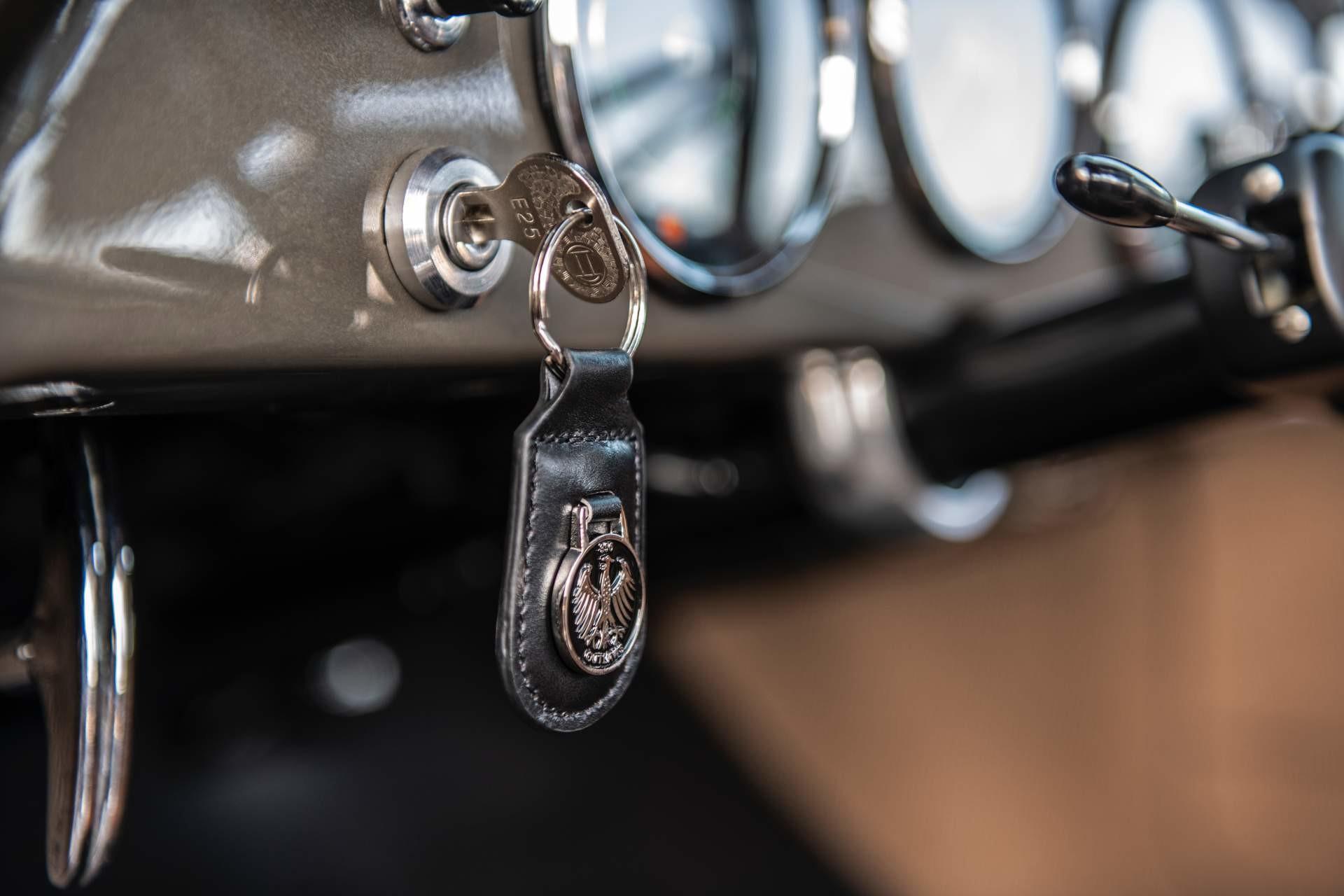 Foto de Emory Motorsports Porsche 356 restomod (46/46)