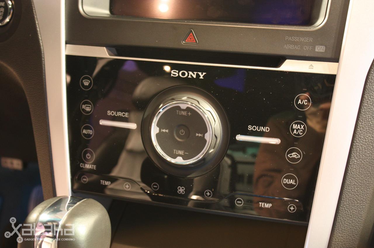 Foto de Ford Sync y MyFordTouch, el nuevo interfaz de Ford para coches (8/23)