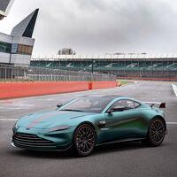 El Aston Martin Vantage F1 Edition celebra el regreso de la marca a la Fórmula 1: 535 CV y chucherías aerodinámicas