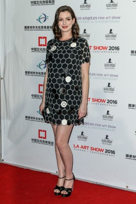 Anne Hathaway Look Premama Minidress