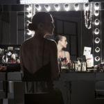 Keira Knightley a punto de convertirse en toda una vamp gracias al arte de Lucia Pica