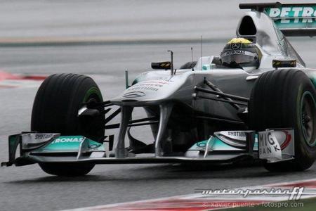 Nico Rosberg, el más rápido bajo la lluvia en el quinto y último día de pruebas en Montmeló