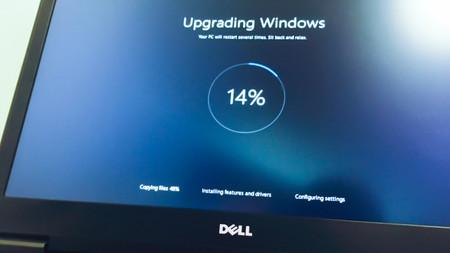 Da igual que tengas datos limitados, Windows 10 prueba con forzarte algunas actualizaciones igualmente