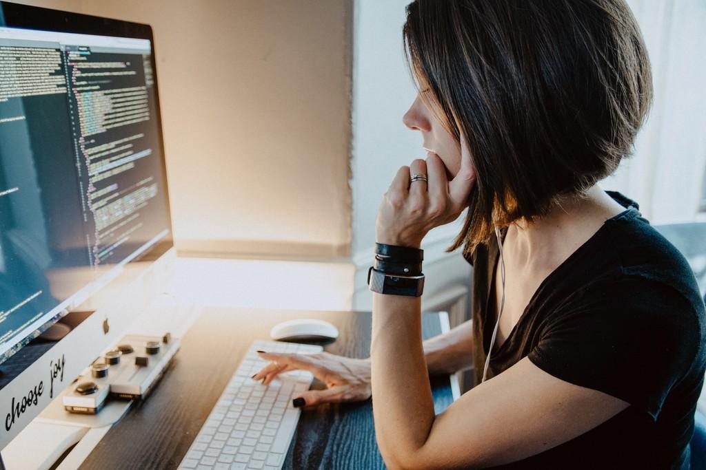 Programar sin escribir código es posible: así funciona la nueva era del No Code