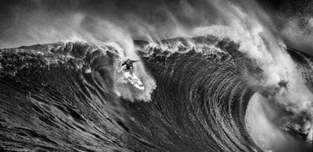Ive Spent A Month In Hawaii Photographing Stunning Waves And Surfers 880
