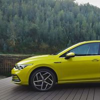 Euro NCAP elogia al Volkswagen Golf 8 por su sistema de comunicación entre coches e infraestructura