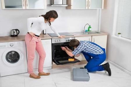 La Unión Europea mueve ficha en el derecho a reparar: los fabricantes tendrán que ofrecer piezas de repuesto en electrodomésticos