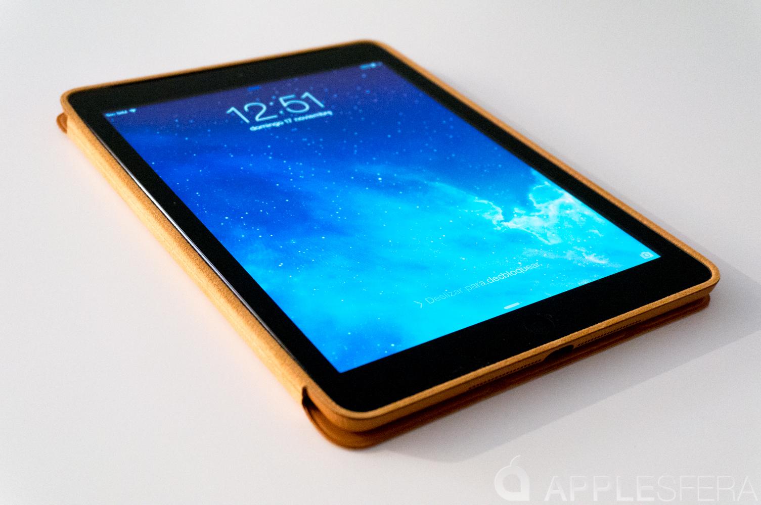 Foto de Así es la Smart Cover del iPad Air (7/16)