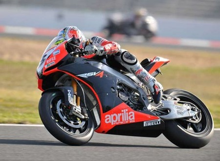 Max Biaggi Magny Cours 2009