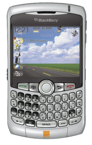 Blackberry Curve 8320 con Orange
