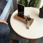 iSkelter, una base de carga para Apple Watch y iPhone hecha a mano en… bambú