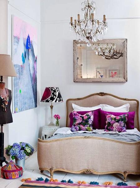 lámpara Chandelier reaparece en hogares bohemio chic o neorústicos