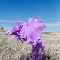La serie de esculturas flotantes 'Clourant' de Warner + Floto