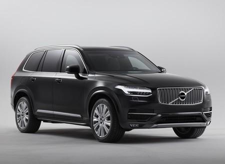 Volvo XC90 Recharge, la versión 100% eléctrica, llegará hasta el 2022