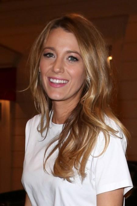 Blake Lively + París = chic (y L'Oréal)
