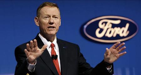 Alan Mulally no se irá a Microsoft: Presidente de Ford