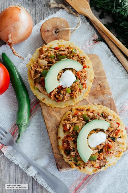 tostadas de atún a la mexicana