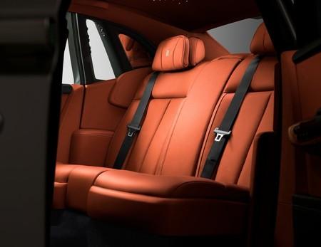 Rolls Royce Phantom 2018 1600 7b