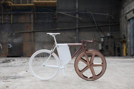 Lo último de Peugeot es una bicicleta de diseño para urbanitas modernos