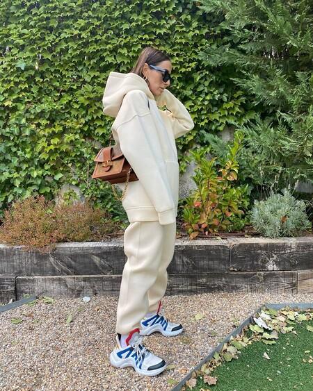 Bienvenido sea (de nuevo) el chándal, 11 pantalones tipo jogger para estar en casa o salir a la calle con estilo
