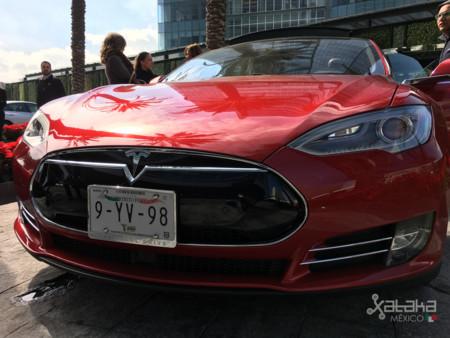 Tesla Model S Mexico 23