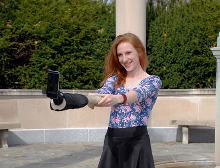 Selfie Hand Stick Justin Crowe Aric Snee 6