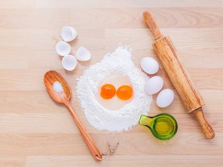 Como Abrir Un Huevo Para Separar Clara Y Yema Tecnicas Cocina Limpia