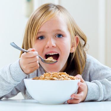 La hora del desayuno: más de la mitad de los niños españoles consume alimentos poco saludables y con exceso de azúcar