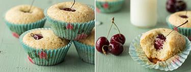 Bizcochitos de cerezas y almendra, receta para disfrutar de la fruta de temporada