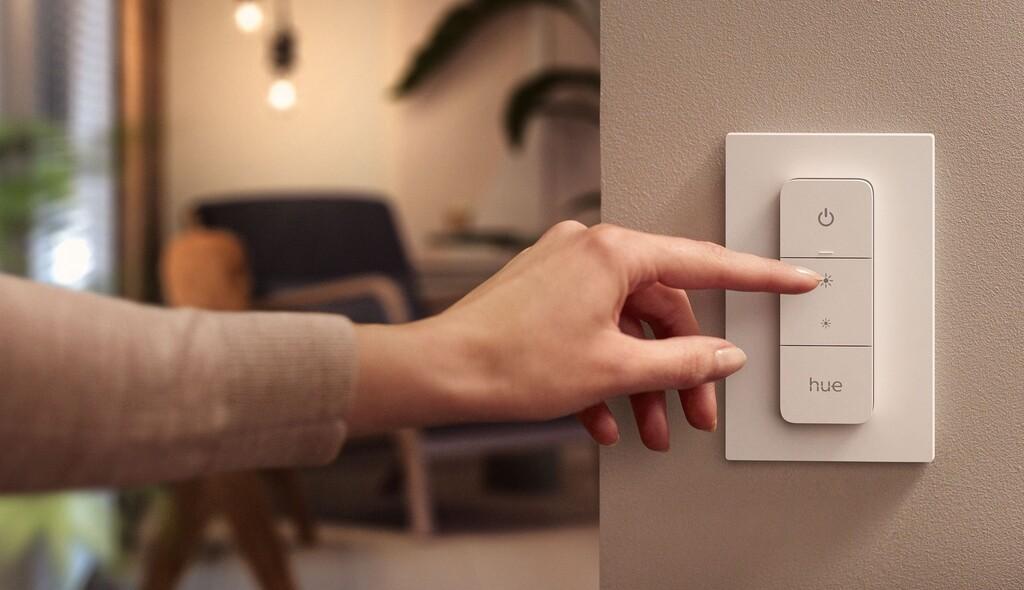 Philips Hue anuncia 4 recientes productos: 2 luces exteriores, un módulo para interruptor y un 'dimmer'