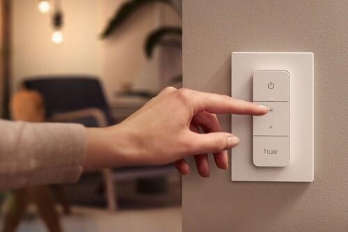 Philips Hue anuncia cuatro nuevos productos: dos luces exteriores, un módulo para interruptor y un 'dimmer'