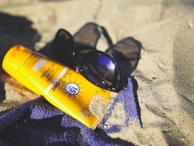 Crema solar: Así funciona el protector solar sobre la piel