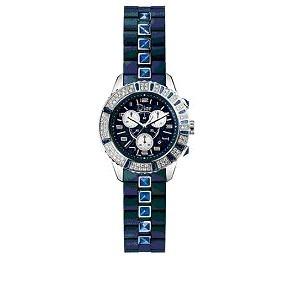 Christal Rubber y su nuevo color: azul Dior
