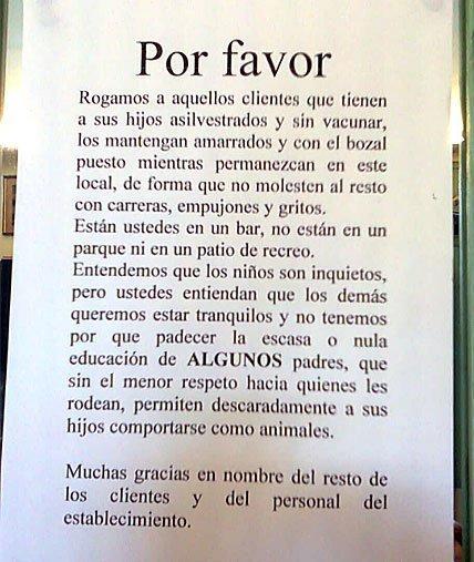 Un restaurante de Santoña cuelga un cartel rechazando a clientes con niños